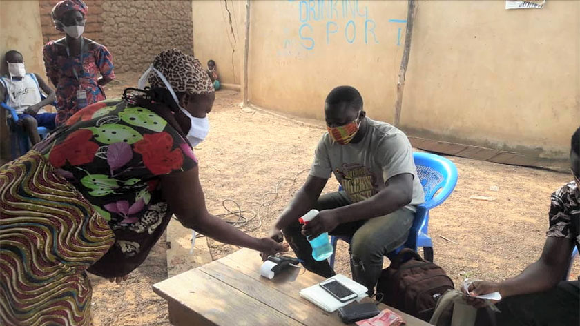 Distribution of LEAP cash transfers in a community.