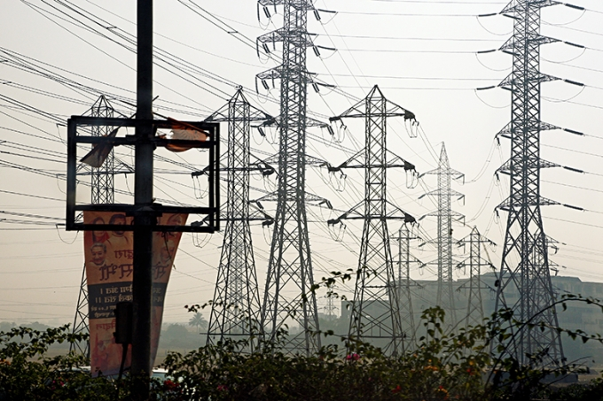 To boost and sustain its energy supply, India needs urgent investments and reforms to fix the inefficiencies that plague its entire electricity supply chain.