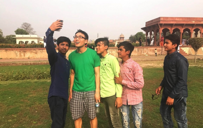Recently on mission in Pakistan to unveil a new tool to help the Punjab government better manage its public debt, the blog author, Andrew Lee, interacted and shared a few selfies with youth in the Shalimar Gardens in Lahore.