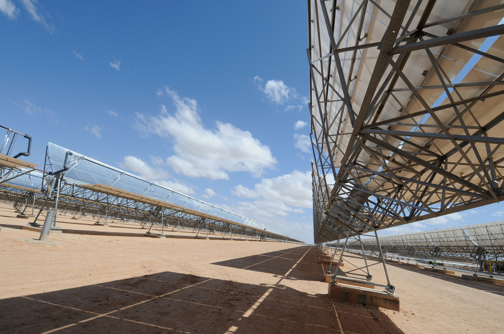 A thermo-solar power plant in Morocco. Photo by Dana Smillie / World Bank.