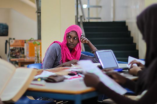 How empowering women can help end poverty in Africa © Sarah Farhat, World Bank Group
