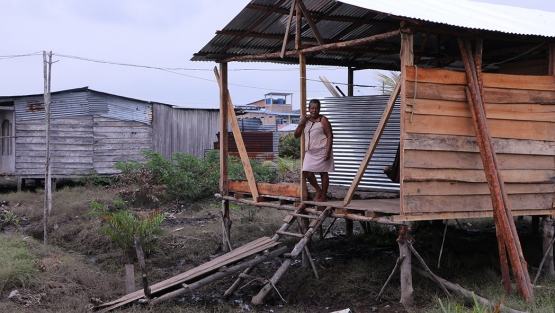 A woman in Tumaco, Colombia. Jairo Bedoya - World Bank