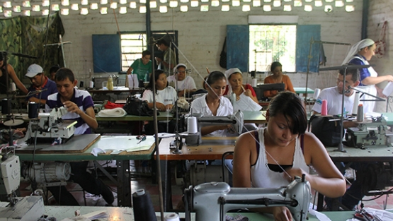 Productive women in El Salvador. World Bank