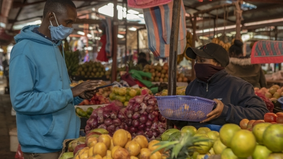 A Marketplace in Kenya in April, 2020. Photo: © Sambrian Mbaabu/World Bank