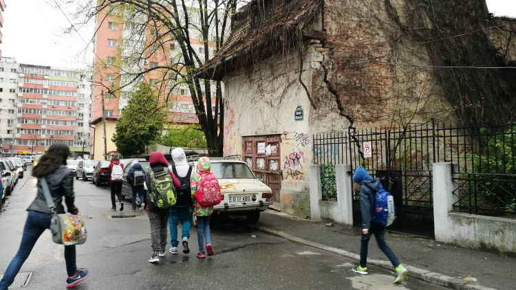 Schoolkids in the streets of Romania
