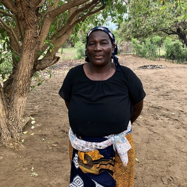 Like many people along Mozambique's extensive coastline, Eulalia Fernando Baptista relies on fish for her livelihood but in recent years she has noticed a substantial drop in fish populations. Credit: World Bank