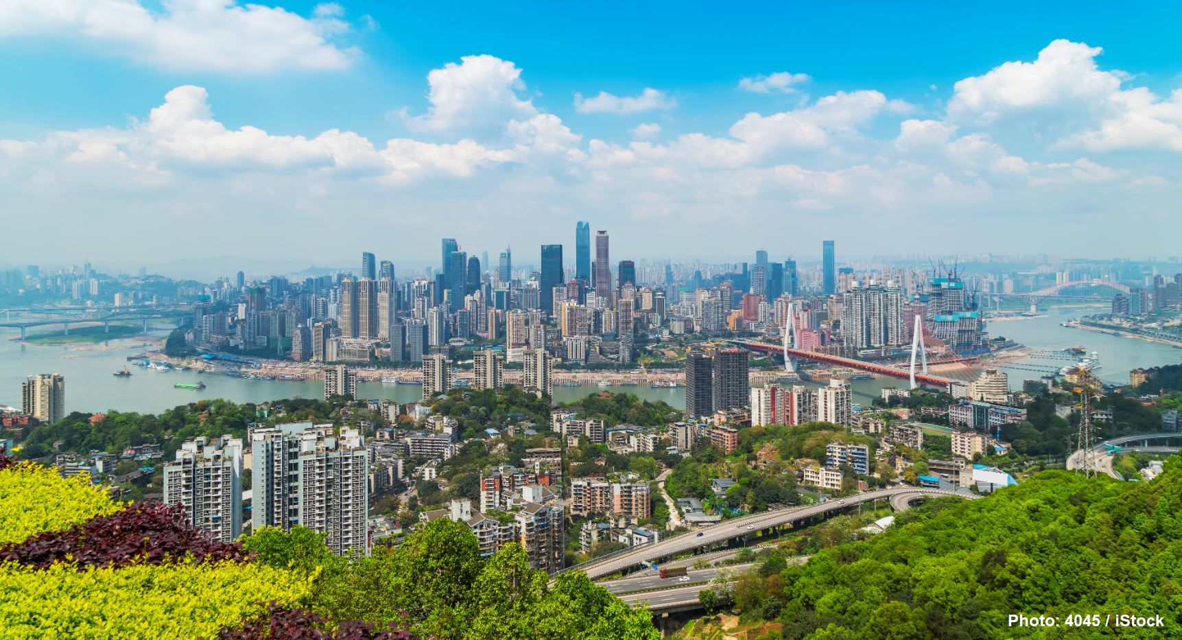 Urban architecture and skyline of Chongqing, China. (Photo: 4045 / iStock)
