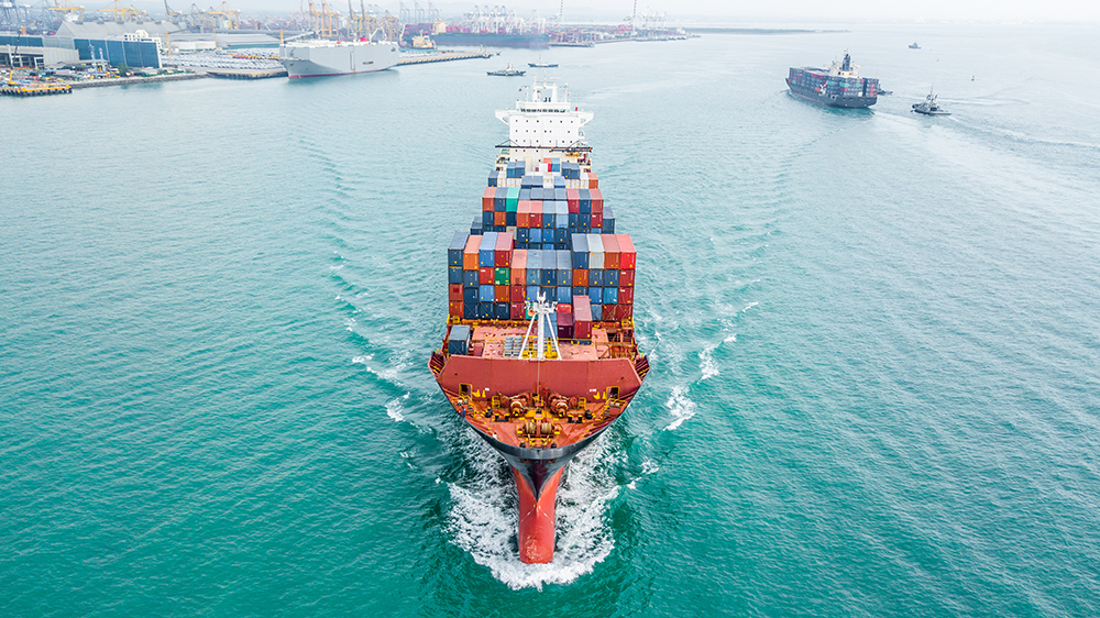effects of international trade on the economy
