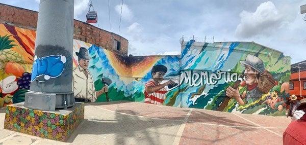 Circuito Grafiti en el entorno del Transmicable, Bogotá.  Fotografía: Irene Portabales/ Banco Mundial