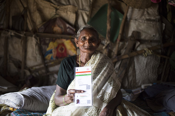Suguna, one of the many women who has benefited from Aadhaar– her digital identity. © Bernat Parera