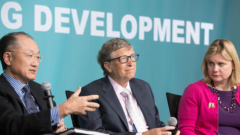 World Bank Group President Jim Yong Kim, Bill & Melinda Gates Foundation Co-Chair Bill Gates, and UK Secretary of State for International Development Justine Greening. © Simone McCourtie/World Bank
